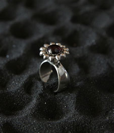 Telos Magic The Ring Of Excellent Love Charm (PGM) Silver Upper Side View